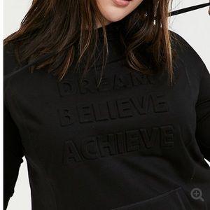 NWT torrid 3 Dream Believe Achieve tunic hoodie